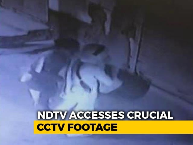 "Video : What CCTV Near Delhi House Reveals About Family's ""Suicide Plan"""