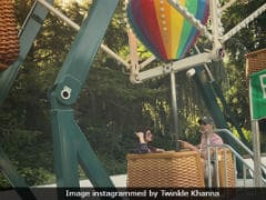 Twinkle Khanna And Akshay Kumar's Amusement Park Pic Is All Things Nice