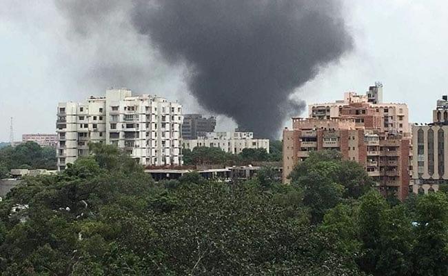 दिल्ली के दूरदर्शन भवन में लगी आग, 10 मिनट के भीतर ही आग पर काबू पाया गया