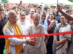 Pranab Mukherjee Inaugurates Smartgram <i>Yojna</i> Projects In Haryana