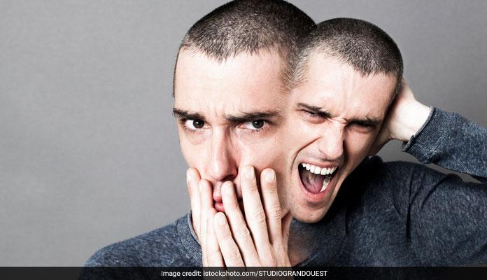 Personality Disorders: बार-बार अंगुलियां चटकाने के पीछे हो सकती है यह बीमारी