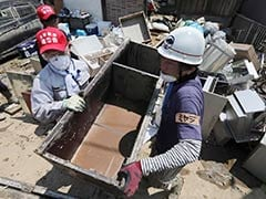 18,000 Volunteers Across Japan Help In Worst Affected Areas After Floods