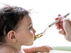 मां के पहले दूध से 3 साल की उम्र तक, बच्चे को क्या खिलाएं और क्या नहीं, जानिए यहां