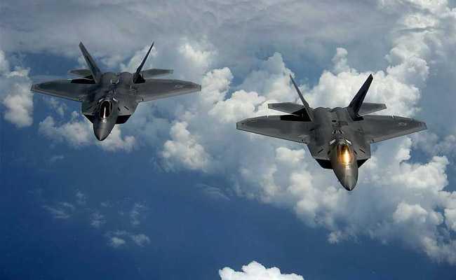 US F-22 Jets Escort Russian Bombers Over Arctic Ocean: Report