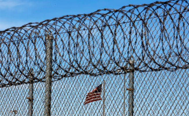 USA sending 1,600 immigration detainees to federal prisons