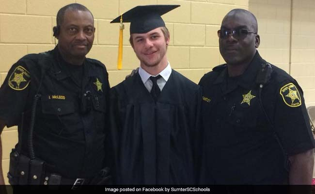 He Nearly Missed Graduation After Car Broke Down. Cops Stepped In To Help