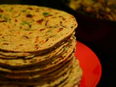 How To Make Veggie-Jowar Roti For Your Weight Loss Diet - Recipe Inside