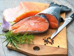 मछली में मौजूद ये एक चीज़, बचा सकती है इन दो जानलेवा बीमारियों से आपकी जान