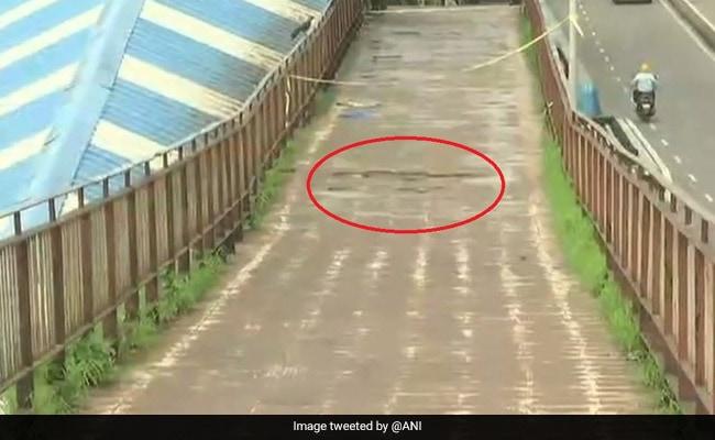 Foot Overbridge In Mumbai's Matunga Closed After Cracks Discovered