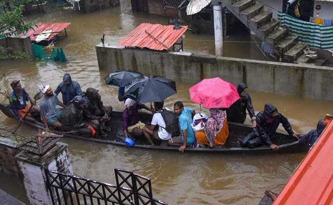 तो इस वजह से बाढ़ से तबाह केरल के लिए  UAE की 700 करोड़ की मदद के प्रस्ताव को ठुकरा सकती है केंद्र सरकार