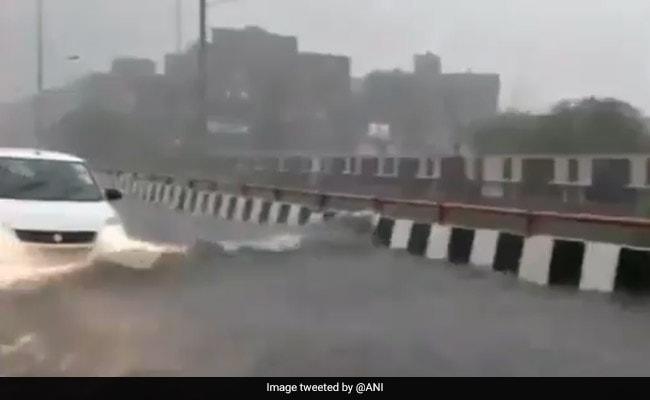 फेक निकला पानी से भरे गाजियाबाद एलिवेटेड रोड का VIDEO, जानें कहां सड़क हुई थी पानी से लबालब