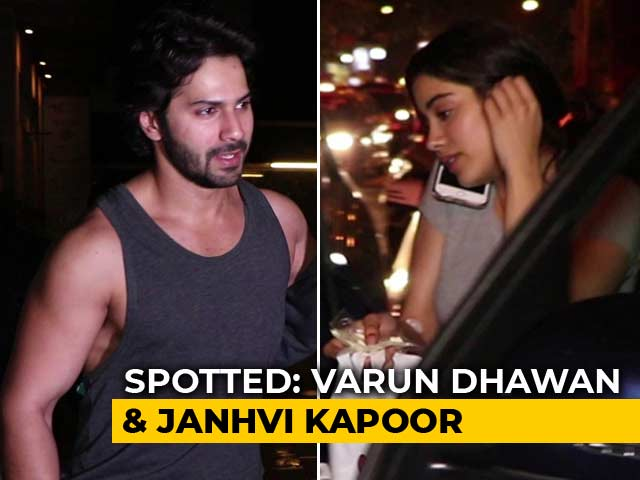 Video : ​Celeb Spotting: Varun Dhawan, Janhvi Kapoor & Others