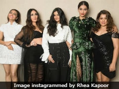 This <i>Veere Di Wedding</i> Actress 'Raided' Producer Rhea Kapoor's Closet For Promotions