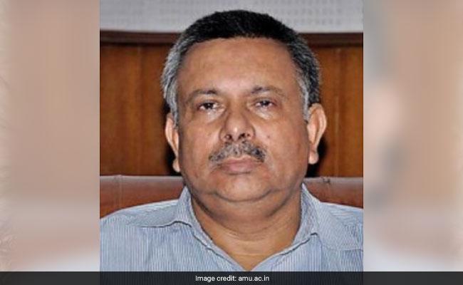AMU Professor Awarded 'Iqbal Samman' By Madhya Pradesh Government