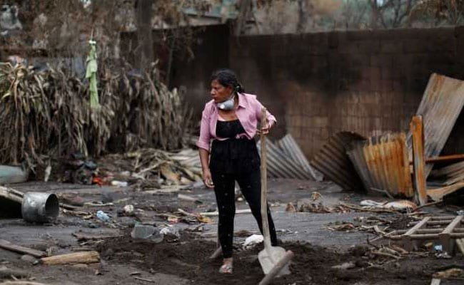 She Lost 50 From Family In Guatemala. Days On, She Digs Volcanic Rubble