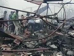 தெலுங்கானா பட்டாசு கிடங்கில் பெரும் தீ விபத்து: 11 பேர் பலி