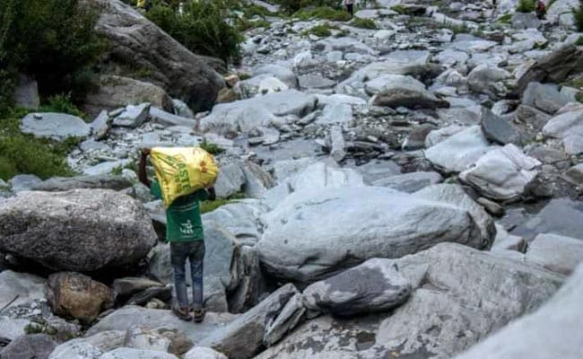 Himalayan Clean-Up: Armies Of Volunteers Collect Trash In 12 Hill States
