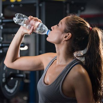 6 Simple Tips To Keep Yourself Hydrated While Working Out
