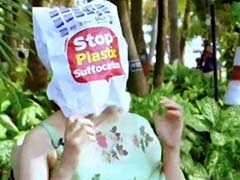 वर्ल्ड एनवायरनमेंट डे: इस एक्ट्रेस ने मुंह पर पहनी पॉलिथीन तो प्लास्टिक की बोतलें फोड़ेंगे ये एक्टर