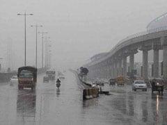दिल्ली में आज बारिश की संभावना, दमघोंटू हवा से मिल सकती है राहत