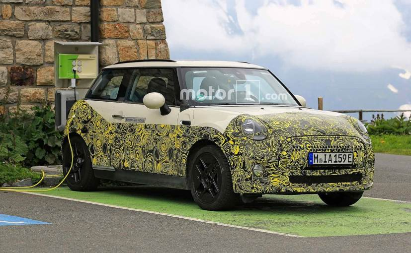 The 3-door all-electric car comes with the signature MINI design, silhouette and styling