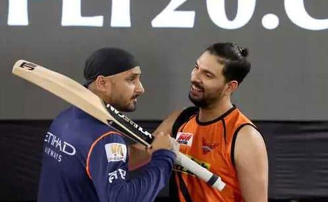 'Lights Out,' Tweets Yuvraj Singh. Harbhajan Singh Serves Him This Zinger