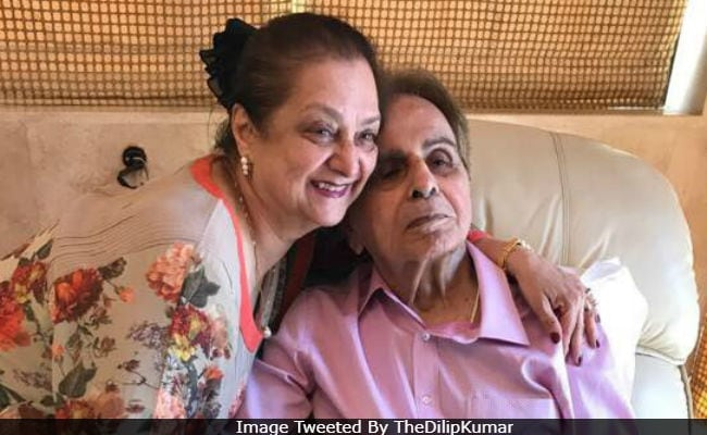 Saira Banu On 'Rare' Outing Without Dilip Kumar: 'I Felt Lonely'