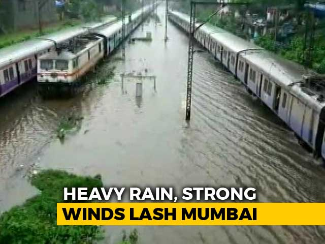 Video : Non-Stop Rain In Mumbai, Trains Hit, Traffic Crawls