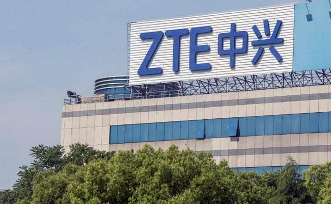 US FCC Classifies Huawei and ZTE as Security Threats, Cuts off Funding